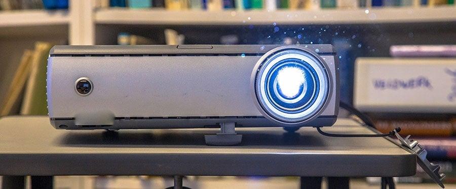 Projecteur de projecteur de travail portable