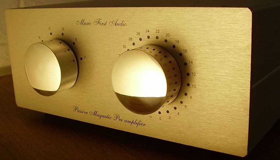 Music first audio classic preamplifier - Smaller