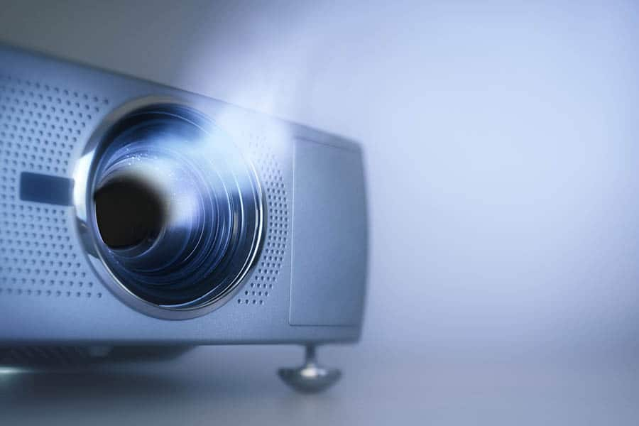 How to Tell If Projector Lamp is Dead - Featured Image - Smaller
