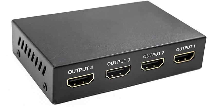 HDMI signal splitter with one input and four outputs to extend t