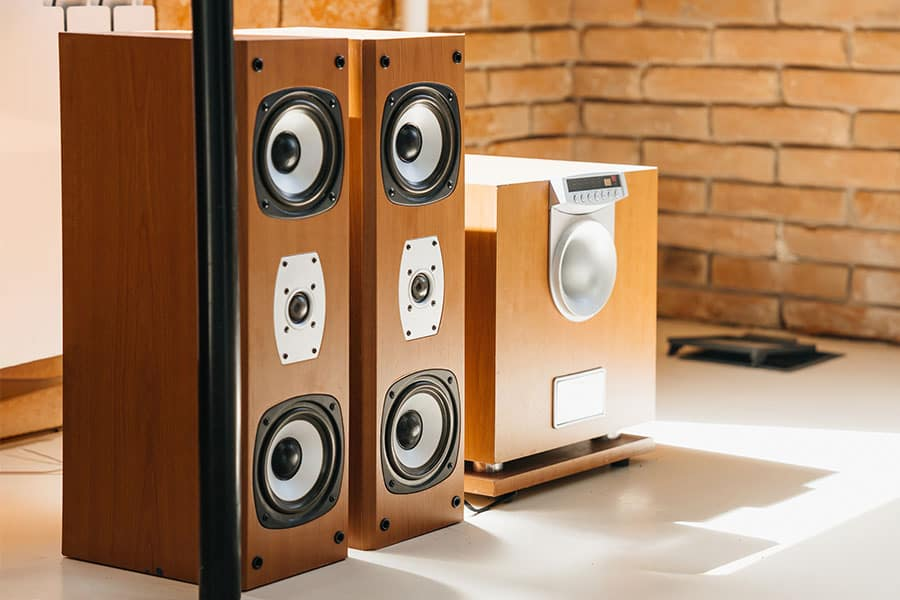 Differences Between Subwoofers And Speakers - What You Need to Know - Featured Image - Smaller